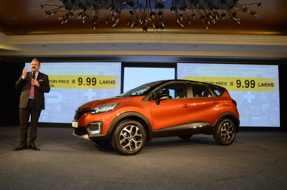 Mr. Sumit Sawhney, Country CEO and MD, Renault India Operations at the launch of CAPTUR in New Delhi (2).jpg